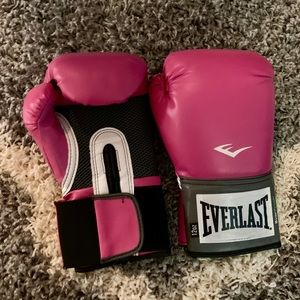 Everlast Other - 12 Oz Everlast Women's Boxing Gloves and Wraps!